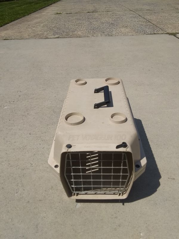 Small Cat or Puppy Carrier Crate