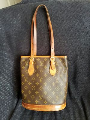 Louis Vuitton original for Sale in Miami, FL