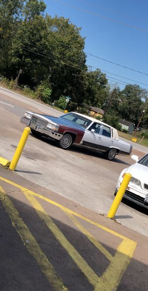 Cadillac fleetwood brougham 1990 for Sale in Houston, TX