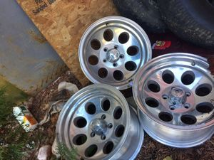 """15"""" alloy ion wheels with 2 wrangler and 2 goodyear tires for Sale in Murfreesboro, TN"""