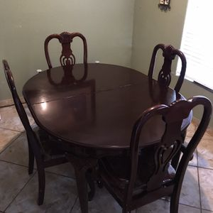 Dinning table with 4 chairs and China cabinet for Sale in Houston, TX