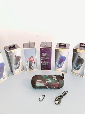 SPEAKER WIRELESS BLUETOOTH FM AUXILIARY USB TF CARD $25 NEW for Sale in Rialto, CA