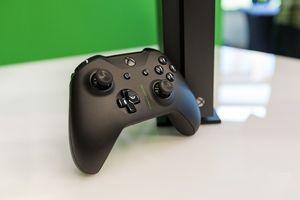 Xbox Scorpio Edition - Mint Condition for Sale in Hialeah, FL