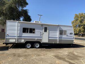 06 weekender by skyline 27foot for Sale in Fresno, CA