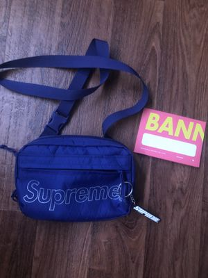 Supreme side bag fw18 for Sale in Buena Park, CA