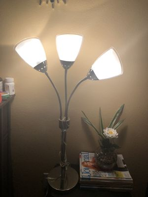 Silver table lamp with light for Sale in La Vergne, TN