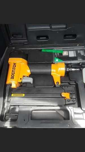 Bostitch 18 gauge brad nail gun for Sale in Clearwater, FL