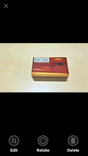 """MOM"" GENUINE CEDAR BOX for Sale in Lynchburg, VA"