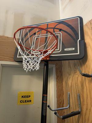 Lifetime 90049 Basketball Hoop for Sale in Etiwanda, CA