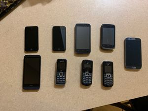 Samsung galaxy s5, I pod, HTC, ZTE for Sale in Fort McDowell, AZ