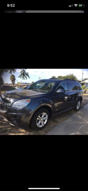 2010 Chevrolet Equinox 200,000 miles 4 cylinderIt's clean title for Sale in Stockton, CA