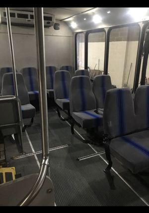 Ford E 450 shuttle..with a wheel chair lift for Sale in Woodbridge, VA