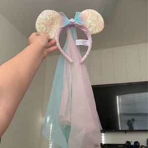 disney ears, never been used, super super old but super cute for Sale in Stevenson Ranch, CA