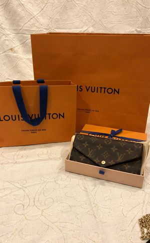 Louis Vuitton authentic wallet for Sale in Glendale, CA