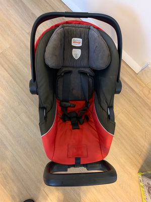 Brutal chaperone baby car seat for Sale in Miami Gardens, FL