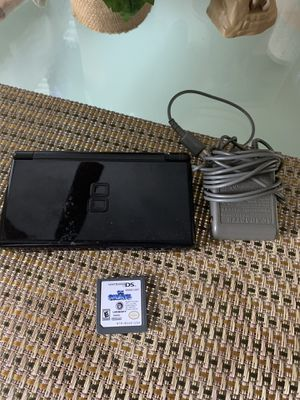 Nintendo ds lite good working condition for Sale in Miami, FL