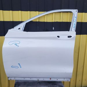 QX50 2020 2021 DRIVER SIDE FRONT DOOR for Sale in Los Angeles, CA