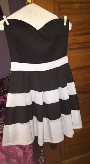 Black and white Dress for Sale in Cicero, IL