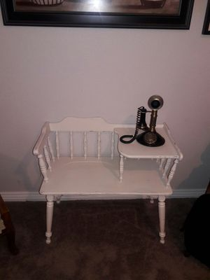 Antique phone table & phone for Sale in Las Vegas, NV