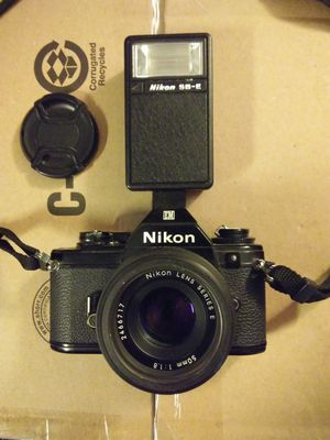 Nikon EM 35mm SLR Camera for Sale in Empire, CA