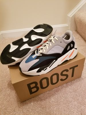 Yeezy Wave Runner sizes 10.5, 4.5, and 4 for Sale in Springfield, VA
