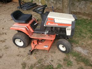 Lawn tractor (Parts) for Sale in Prospect, CT