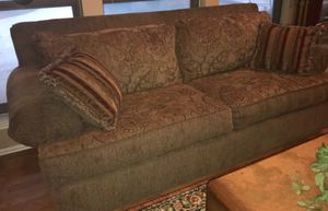 Collecting use furniture for Sale in Chicago, IL