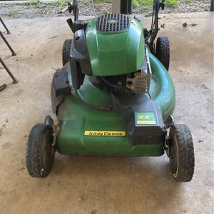 "John Deere 22"" Self propelled F.w.d for Sale in Stuart, FL"