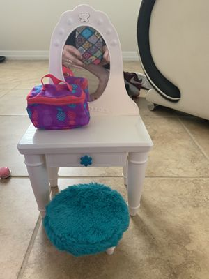 """vanity for 18"""" doll (fits American girl doll ) for Sale in St. Cloud, FL"""