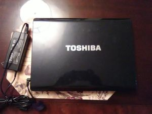 Toshiba Laptop Windows 10 for Sale in Alexandria, VA