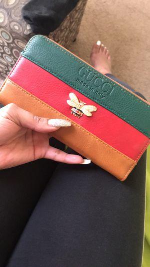 Gucci wallet for Sale in Stockbridge, GA