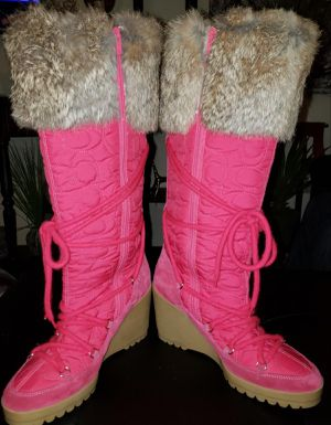 Womens Pink Fur Boots Made in Italy for Sale in West Linn, OR