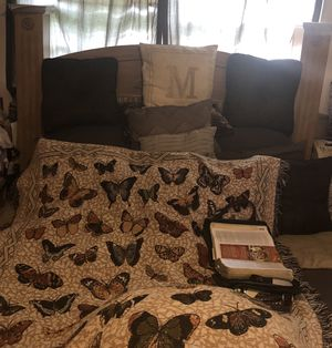 Queen sz bedroom set(mattress not included) for Sale in Warner Robins, GA