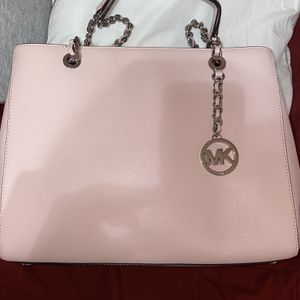 Pink Michael Kors Purse for Sale in Fontana, CA