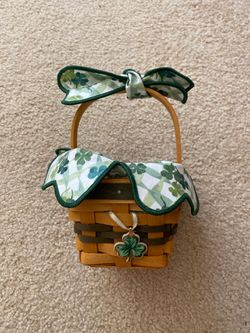 """LONGABERGER BASKET 1999 ST. PATRICK'S DAY """"LOTS OF LUCK"""" BASKET COMBO RETIRED for Sale in Colton,  CA"""