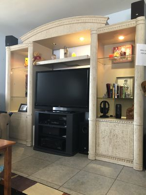Wall unit for Sale in West Palm Beach, FL