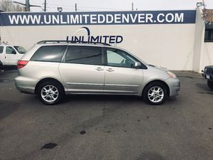2005 Toyota Sienna for Sale in Denver, CO