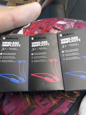Skullcandy wireless headphones for Sale in North Providence, RI