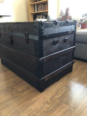 Antique trunk for Sale in Alexandria, VA