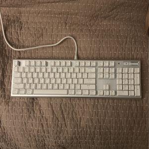AZIO White Keyboard for Sale in Seattle, WA