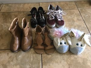 Girls shoes slippers size 1 for Sale in Davie, FL