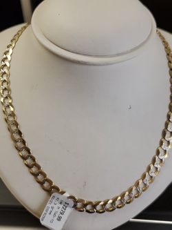 14k Gold Necklace 41.3 Grams 26long You Can Put This On Layaway For 230 Down For 6moth If You Are Interested Ask For Maribel Thank You for Sale in Houston,  TX