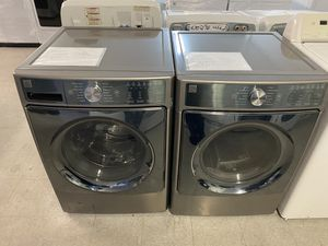 Kenmore elite 5.2 - cu.ft front load washer & electric dryer set New for Sale in Fresno, CA