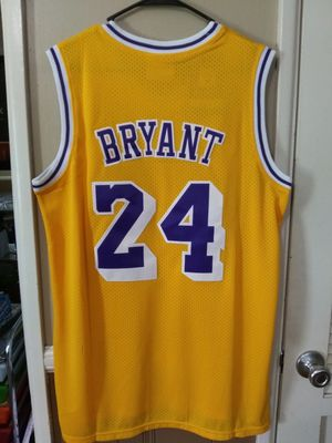 New!!! Mens XL Fitted Kobe Bryant Los Angeles Lakers Jersey Stitched $50. Ships +$3. Pick up in West Covina for Sale in La Puente, CA