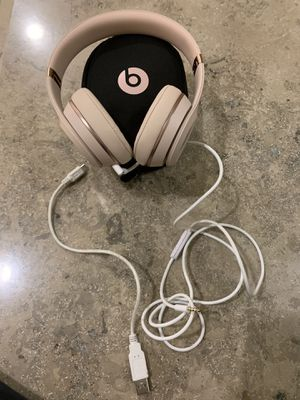 Beats Solo 3 Matte Gold for Sale in Lexington, KY