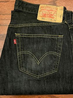 Men's Levi 501 Jeans Size 36/34 for Sale in Cary,  NC
