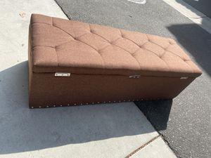 Beautiful brown ottoman for Sale in Riverside, CA