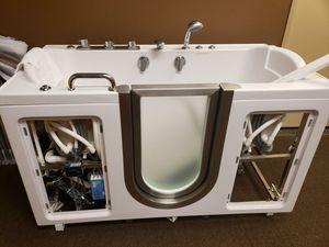 Hot tub for Sale in Sun City, AZ