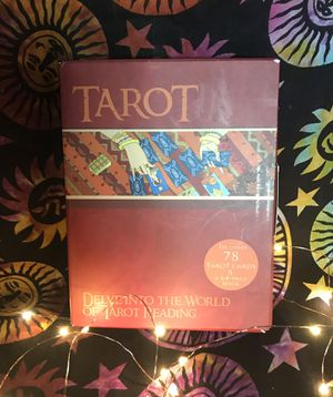 TAROT DELVINTO THE WORLD OF TAROT READING Great for beginners or pros for Sale in Belton, SC