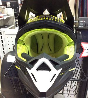 Five-O-Nine altitude carbon fiber helmet with fidlock for Sale in Kenmore, WA